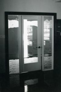 Porte intérieur d'un vestibule, entrée