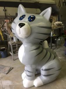 chat_polystyrene_sculpture