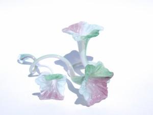 fleurs verre souffle blanc rose et vert
