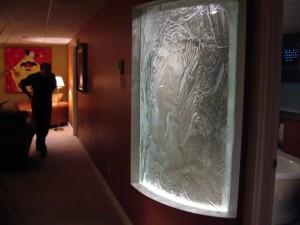 mur de verre courbe