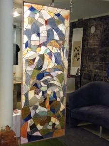 grand vitrail abstrait